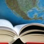 Cartea, o poartă către sine și către lume