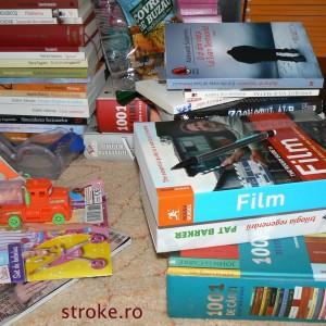 Metoda KonMari de organizare a bibliotecii de acasă